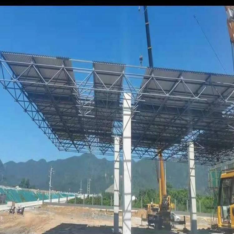 两江加油站网架吊装完成