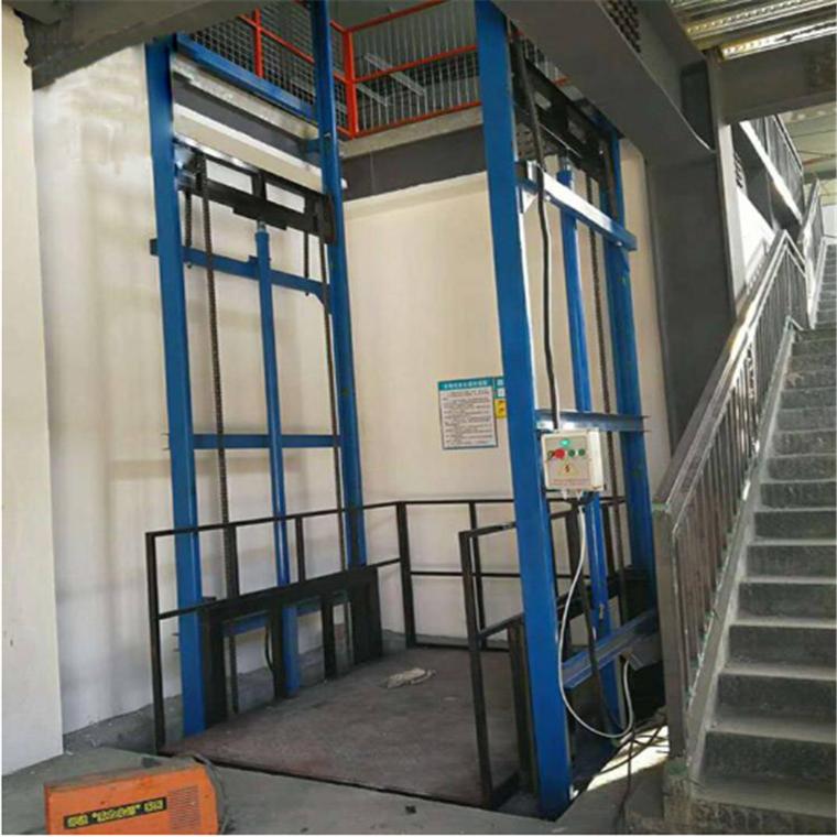 邹平哪里有卖导轨式液压升降台的 液压升降机 升降平台厂家