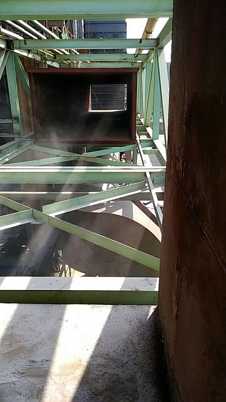 河北某金属冶炼脱硫塔烟道重防腐漆喷涂施工