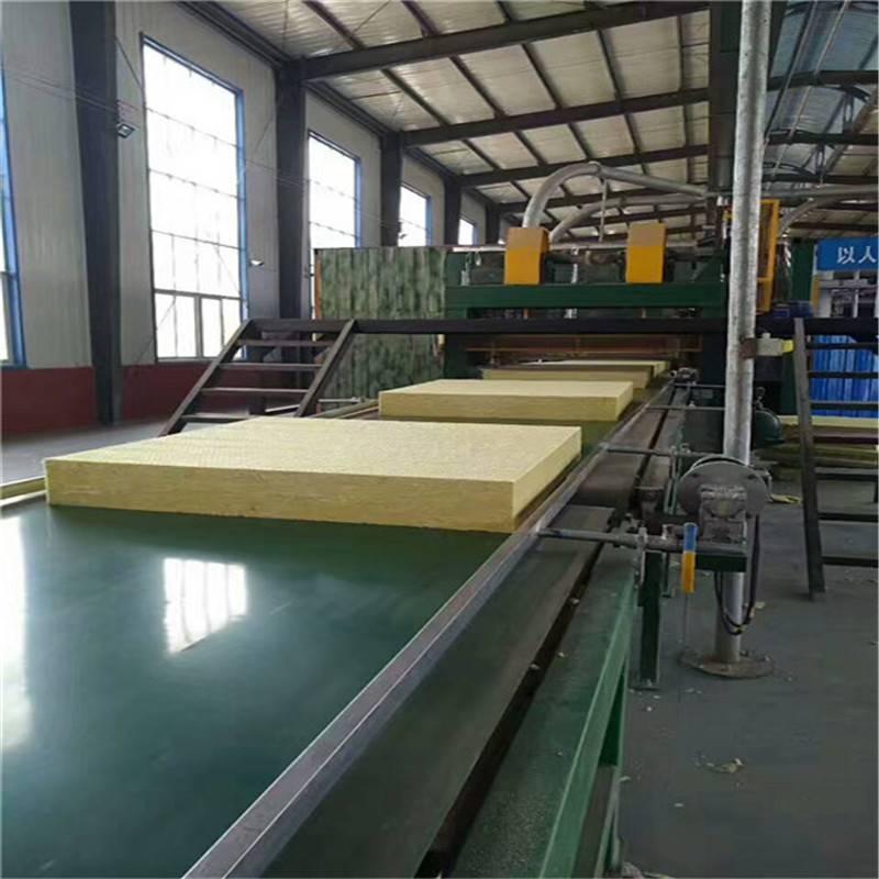外墙***岩棉板生产中,大型厂家供货***外墙岩棉板