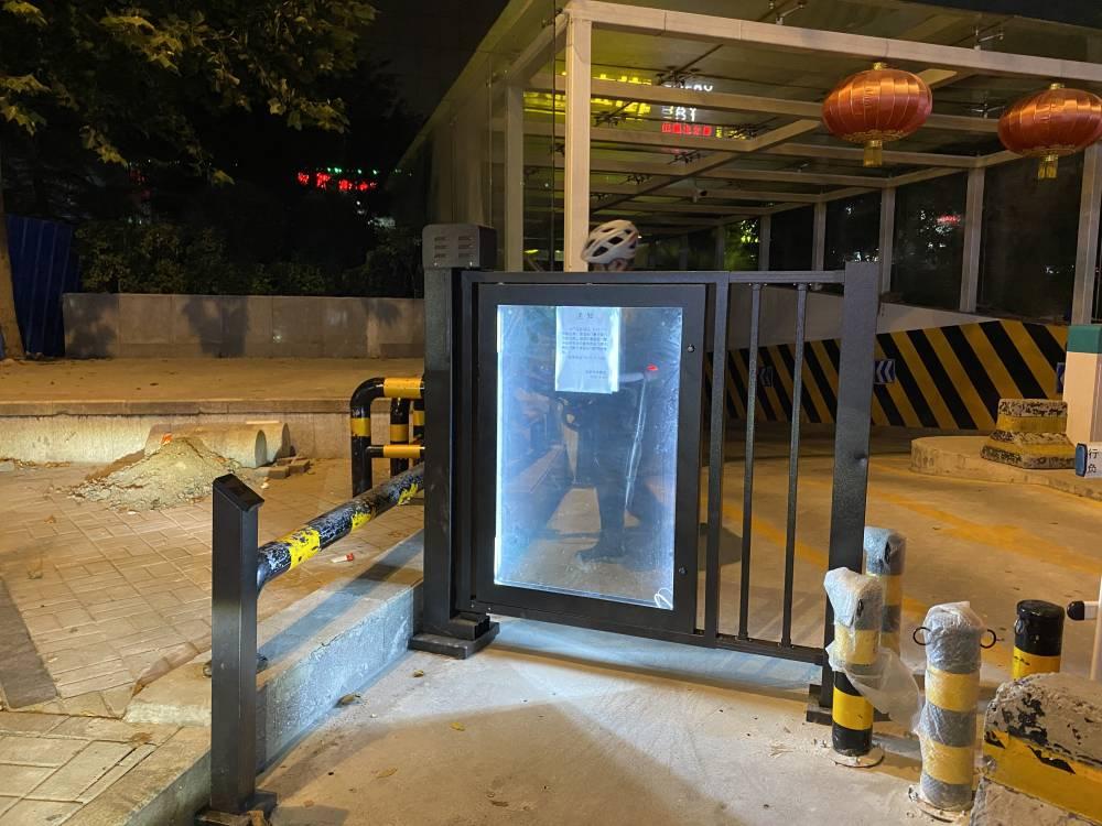 小区电动自动广告门栅栏门平移门刷卡刷脸开门