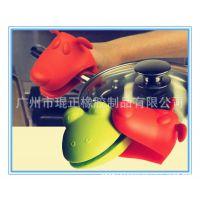 硅胶厨具厂家生产供应耐高温隔热硅胶手套可定做
