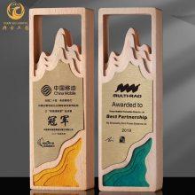 上海办公桌奖牌,木质铜牌,授权经销商奖牌,产品授权牌制作厂家