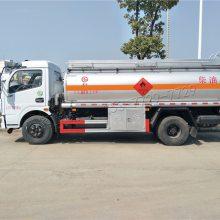 厂家直销东风多利卡加油车 小型油罐车配置 湖北油罐车厂家