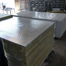 硅酸钙防火岩棉复合板 A级外墙硅酸钙装饰一体板 实体厂家销售