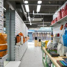 合肥中性风包店装修设计,工业风包包店,酷仔的包店