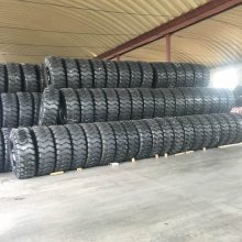 供应1300-25 1400-24 25E-3宽体自卸车工程轮胎1400-24 25