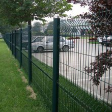 昆都仑区养殖围栏网价格-场地护栏网-框架护栏网厂家