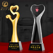 街道社区表彰活动奖牌,慈善人士奖品定制,水晶爱心奖杯制作厂家