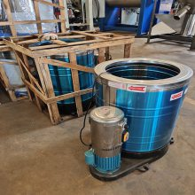 供应15KG食品脱水机 服装甩干机 不锈钢脱水机