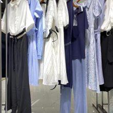 珞娜21夏 品牌女装折扣库存尾货批发 深圳重工T恤质量超好实体货源