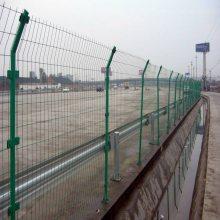 鞍山边框护栏网哪里有-公路护栏价格-花园护栏网