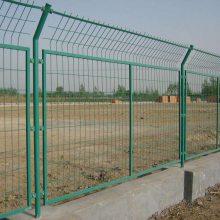 望花区护栏网哪里有卖-铁丝网围栏多少钱-大棚围栏网