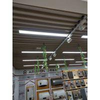U型铝合金铝方通吊顶不易燃,通风透气,绿色环保 烟台木纹热转印铝方通吊顶价格