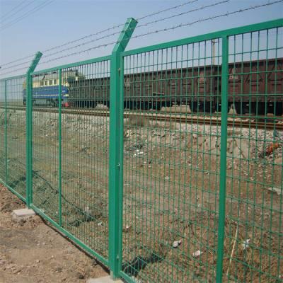 双边丝护栏网果园空地围栏网养殖用护栏网适用性广