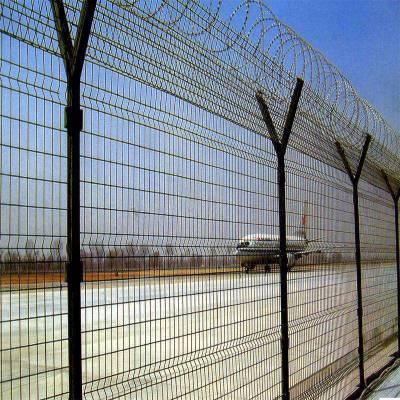 阜新山地山坡围栏网-小区铁丝网-养殖护栏网多少钱