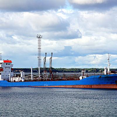 选择海运门到门***快速 马来西亚办公家具进口清关物流公司