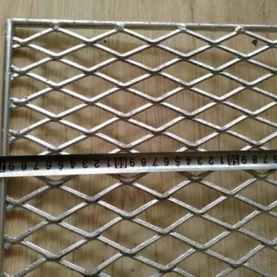 焊接钢筋网、钢筋焊接网、钢筋焊网钢笆网片具有承载重力大、网面坚固、不易变形、耐老化