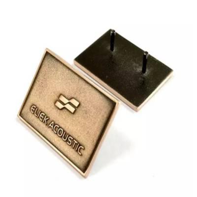 沙底刻字胸牌定制 黄铜胸章定做 镀金烤漆滴胶徽章订制