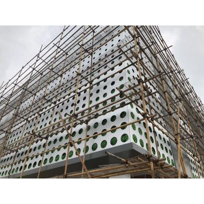 ?传祺新能源店外墙氟碳铝板,雕刻镂空铝单板天花定制