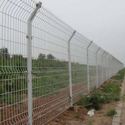 定制低碳钢丝围网 圈地养殖折弯道路护栏网 双边丝护栏网