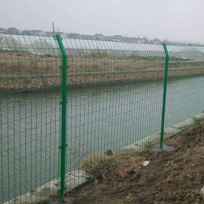 贵阳隔离栅围挡-钢丝网护栏价格-优质隔离铁丝网